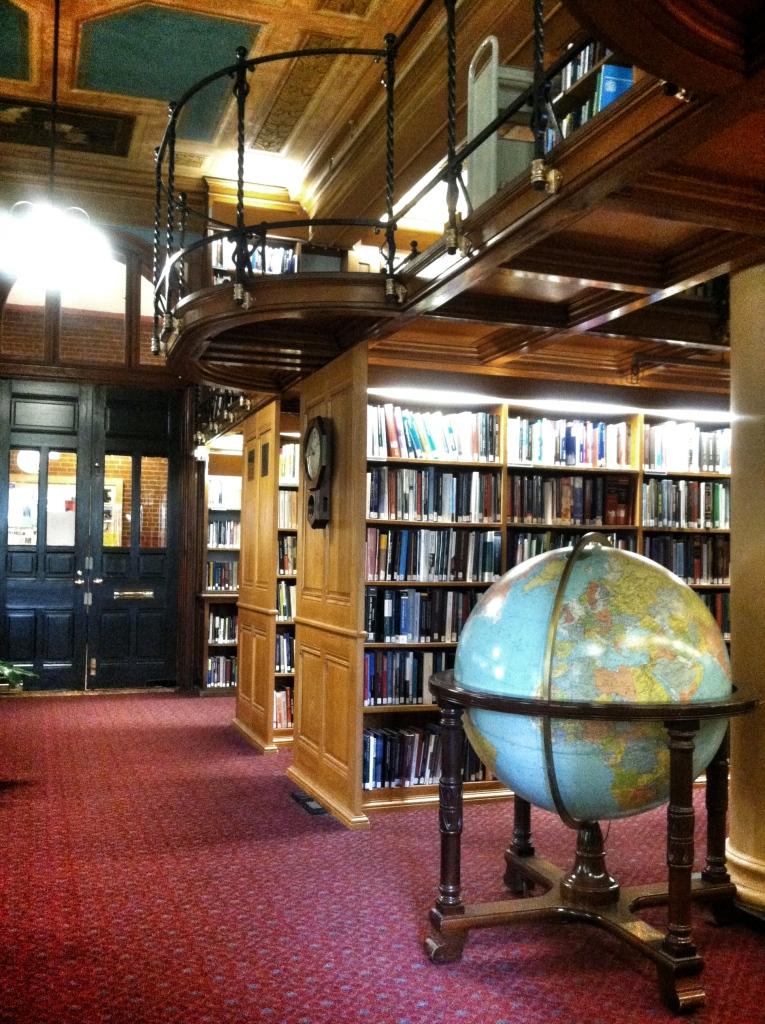 globe library