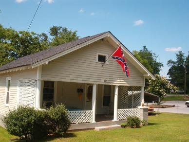 rebel house 001