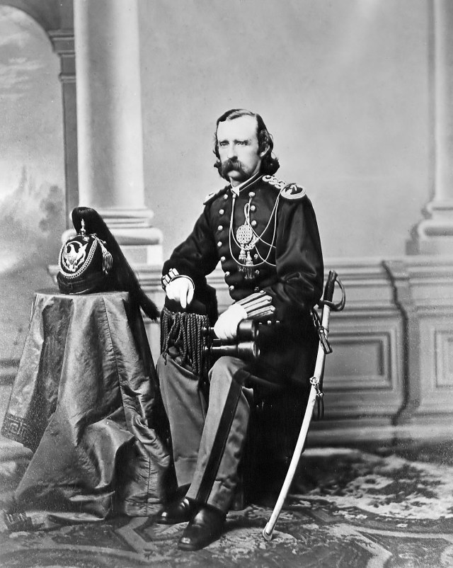 custer-portrait