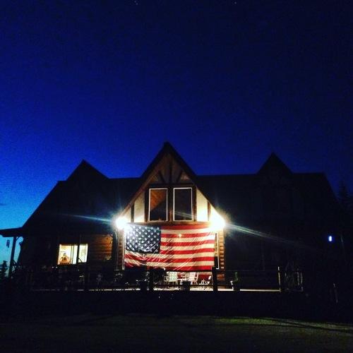 flagfrontnight