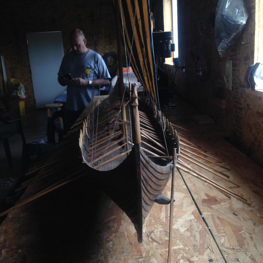 shipshadowheadon